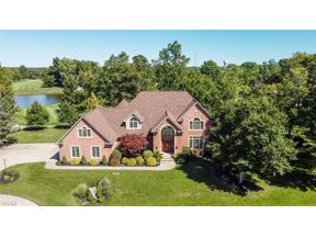Property for sale at 3801 Weymouth Woods Drive, Medina,  Ohio 44256