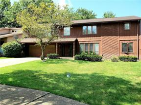 Property for sale at 1370 Belvoir Mews, South Euclid,  Ohio 44121
