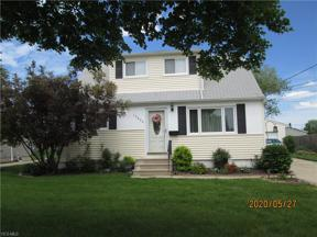 Property for sale at 15600 Susan Drive, Brook Park,  Ohio 44142