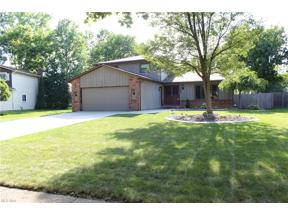 Property for sale at 360 Crestway Oval, Brunswick,  Ohio 44212