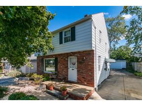 Property for sale at 1621 Woodhurst Avenue, Mayfield Heights,  Ohio 44124