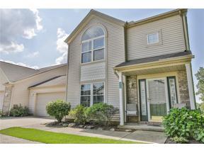 Property for sale at 8672 Robinwood Terrace, Macedonia,  Ohio 44056