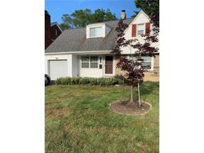 Property for sale at 2175 S Belvoir Boulevard, University Heights,  Ohio 44118