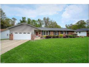 Property for sale at 4899 Delevan Drive, Lyndhurst,  Ohio 44124
