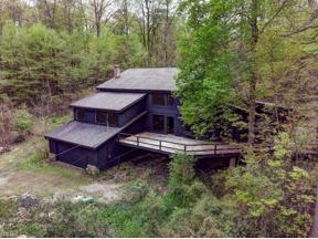 Property for sale at 140 Glen Road, Moreland Hills,  Ohio 44022