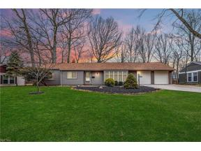 Property for sale at 23219 Lincolnshire Drive, Bay Village,  Ohio 44140