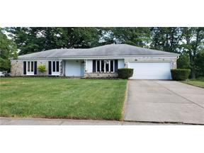 Property for sale at 5116 Meadow Wood Boulevard, Lyndhurst,  Ohio 44124