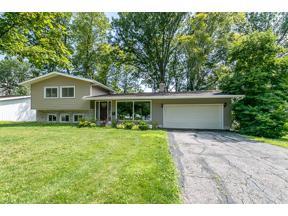 Property for sale at 5294 Chickadee Lane, Lyndhurst,  Ohio 44124