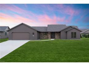 Property for sale at 9082 Longbrook Drive, North Ridgeville,  Ohio 44039