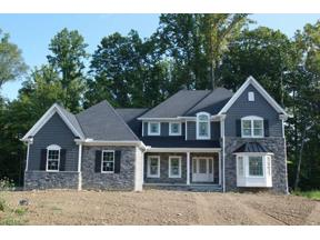 Property for sale at 8246 Poplar Way, Chagrin Falls,  Ohio 44023