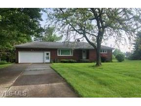 Property for sale at 4311 Oakes Road, Brecksville,  Ohio 44141