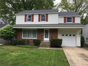 Property for sale at 5272 Case Avenue, Lyndhurst,  Ohio 44124