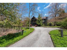 Property for sale at 30 Stonehill Lane, Moreland Hills,  Ohio 44022