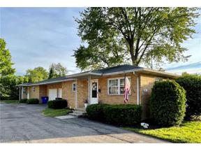 Property for sale at 208 Bowman Drive, Kent,  Ohio 44240