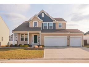Property for sale at 2460 Voyager Circle, Seven Hills,  Ohio 44131