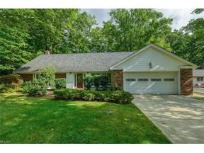 Property for sale at 6907 Ravine Drive, Mayfield Village,  Ohio 44040