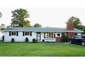 Property for sale at 934 Lake Breeze Road, Sheffield Lake,  Ohio 44054