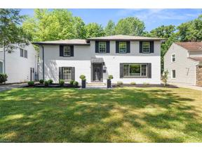 Property for sale at 2036 Laurel Hill Drive, South Euclid,  Ohio 44121