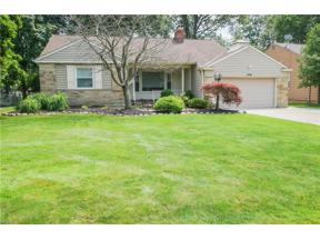 Property for sale at 5116 Kneale Drive, Lyndhurst,  Ohio 44124