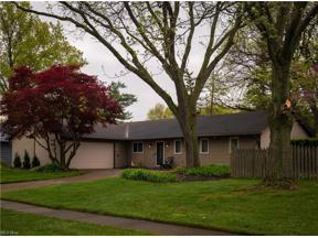 Property for sale at 577 Brigton Drive, Berea,  Ohio 44017