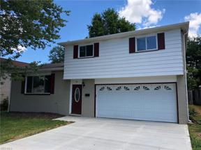 Property for sale at 761 Edwards Drive, Berea,  Ohio 44017