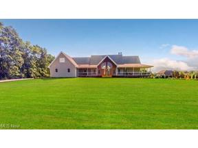 Property for sale at 5166 Rolling Ridge Drive, Seville,  Ohio 44273
