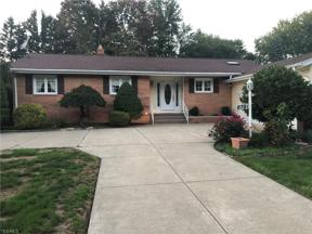 Property for sale at 6791 Eastgate Drive, Mayfield Village,  Ohio 44143
