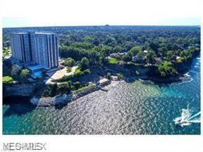 Property for sale at 12900 Lake Avenue PH34, Lakewood,  Ohio 44107