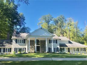 Property for sale at 4 Whisperwood Lane, Hunting Valley,  Ohio 44022