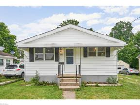 Property for sale at 221 19th Street NW, Barberton,  Ohio 44203