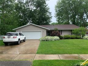 Property for sale at 950 Dillewood Ave., Sheffield Lake,  Ohio 44054