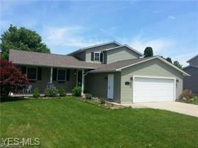 Property for sale at 928 Hillside Drive, Amherst,  Ohio 44001