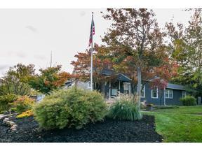 Property for sale at 1683 Beaconwood Avenue, South Euclid,  Ohio 44121