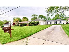 Property for sale at 570 Simich Drive, Seven Hills,  Ohio 44131