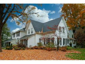 Property for sale at 32 Walnut Street, Chagrin Falls,  Ohio 44022