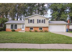 Property for sale at 27996 Gardenia Drive, North Olmsted,  Ohio 44070