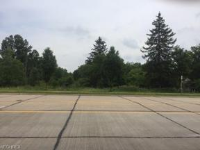 Property for sale at 725 Som Center Road, Mayfield Village,  Ohio 44143