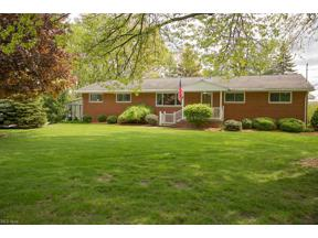 Property for sale at 1315 Beverly Drive, Amherst,  Ohio 44001