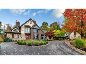 Property for sale at 17432 Deepview Drive, Chagrin Falls,  Ohio 44023