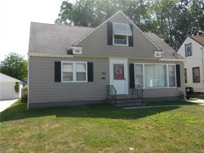 Property for sale at 361 Clarmont Road, Willowick,  Ohio 44095