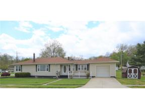 Property for sale at 7 S 3rd Street, Rittman,  Ohio 44270