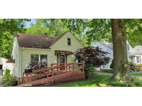 Property for sale at 1186 Sunset Road, Mayfield Heights,  Ohio 44124