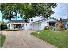 Property for sale at 24776 Deerfield Drive, North Olmsted,  Ohio 44070