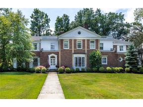Property for sale at 19200 Shelburne Road, Shaker Heights,  Ohio 44118