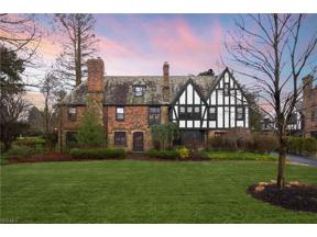 Property for sale at 18400 Shelburne Road, Shaker Heights,  Ohio 44118