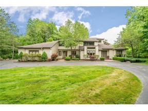 Property for sale at 80 Ridgecreek Trail, Moreland Hills,  Ohio 44022