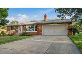 Property for sale at 1084 Starlight Drive, Seven Hills,  Ohio 44131