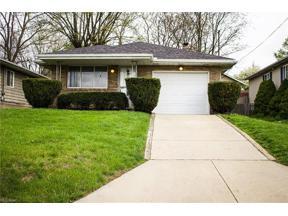 Property for sale at 1021 Iona Avenue, Akron,  Ohio 44314