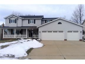 Property for sale at 3418 Saint Andrews Drive, Parma,  Ohio 44134
