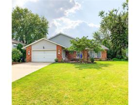 Property for sale at 392 Delaware Drive, Brunswick,  Ohio 44212